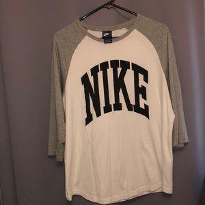 Tops - Nike Tee